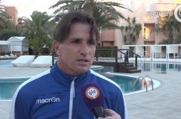Vitesse-directeur Marc van Hintum gaat boksen: 'Paar dagen ziektewet in'
