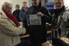 Dankzij de Wecycle-inzamelactie  ontvangt de Voedselbank  € 3.000,-